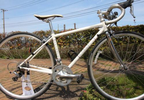 ラレーロードバイクレディースレンタサイクル準備OK。小柄な方でも